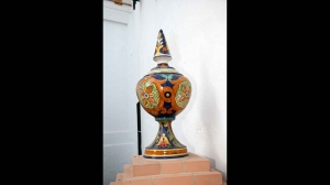 Remate en cerámica artesanal